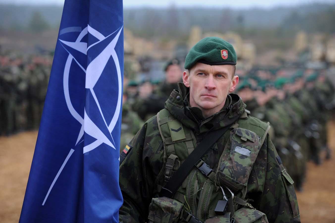 2004_Nato