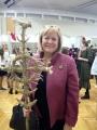 JAV ambasadorė Anne Hall su mūsų šieno skulptūra